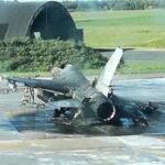 Bélgica: Por error un mecánico disparó cañón de avión F-16 en tierra y destruyó otro caza (FOTOS)