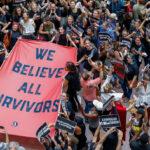 EEUU: Protesta masiva de mujeres contra Kavanaugh frente al Tribunal Supremo de Justicia (VIDEO)