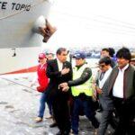 Evo Morales recorre puerto de Ilo y presencia descarga de barco