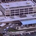EEUU: Balacera en hospital de Chicago deja varias personas heridas incluido un policía (VIDEO)