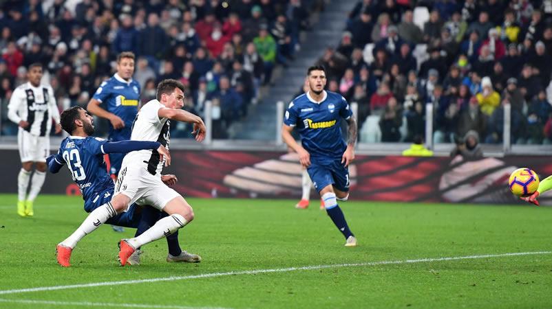 Cristiano Ronaldo vuelve a marcar y ya es 'capocannoniere' en Italia