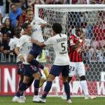 PSG: Quedaría fuera de competiciones europeas por contratos millonarios