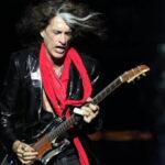 Hospitalizan de urgencia a guitarrista Joe Perry de Aerosmith por colapso (VIDEO)
