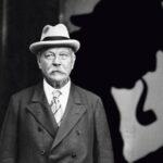 Un inédito en español de Conan Doyle revela el origen de Sherlock Holmes