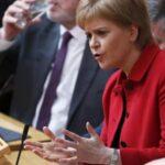 """Sturgeon: May tendrá difícil que Parlamento apruebe el acuerdo del """"brexit"""""""