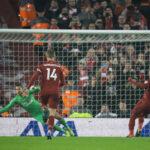 Champions League: Liverpool fortalece el liderato goleando 4-0 al Newcastle