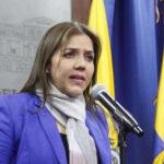 Ecuador: Vicepresidenta dimite acosada por denuncia de supuesta corrupción