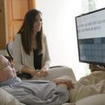 Tecnología: Habilitan a paciente con esclerosis controlar ordenador con la vista