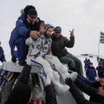 Soyuz MS-09: La nave tripulada rusa aterriza sin novedad en la estepa kazaja