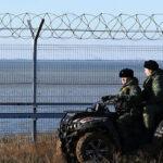 Rusia terminó de construir una valla súper tecnológica en frontera de Crimea con Ucrania (VIDEO)