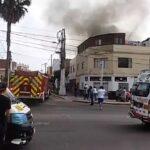 Tres niños mueren en incendio de vivienda en La Perla (VIDEO)