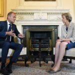 """UE no renegociará acuerdo del """"brexit"""" pero ofrece facilitar ratificación"""