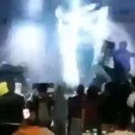 "Indonesia: Tsunami arrasó a grupo musical ""Seventeen"" en pleno concierto, 4 muertos (VIDEO)"