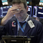 Wall Street cierra rojo tras récords de víspera y el Dow Jones baja 0.29%