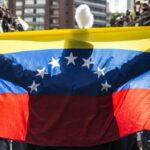 Informe: La eterna adolescencia de sobrevivir en Venezuela