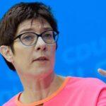 Líder conservadora alemana confía en un nuevo impulso junto al ala bávara