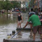 Gobierno ofrece 3 canales de apoyo por inundación de aguas residuales en Lima