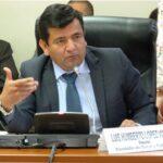 Ética aprueba suspender por 120 días a congresista López Vilela