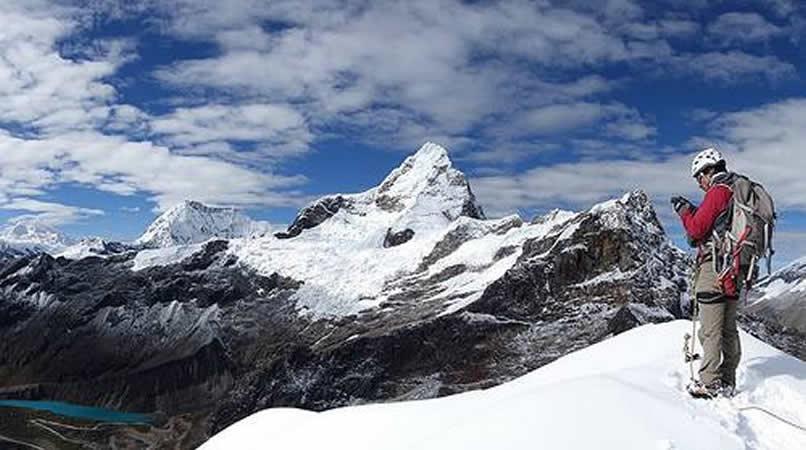 Resultado de imagen para avalancha Ancash, en el centro de Perú