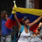 Venezolanos se manifiestan en todo el país contra Nicolás Maduro (VIDEOS)