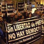 Prohibir marchas en Plaza San Martín es inconstitucional