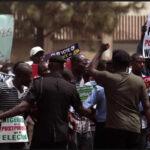 """Nigeria: Suspenden elecciones por una semana aduciendo """"problemas logísticos"""" (VIDEO)"""