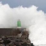 España: 44 provincias en alerta porborrasca Helena que llegó con vientos huracanados (VIDEO)