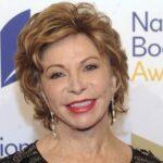 """Isabel Allende aborda la guerra civil española en """"Largo pétalo de mar"""""""