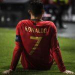 Cristiano Ronaldo se lesiona en el partido que Portugal y Serbia igualan 1-1
