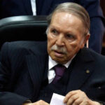 Argelia: Presidente Buteflika confirmó renuncia ante presión ciudadana y militar (VIDEO)