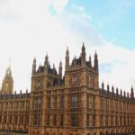 """El Parlamento británico vota si acepta un """"brexit"""" sin acuerdo"""