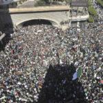 Argelia: Masivo rechazo en las calles contra la continuidad del régimen de Buteflika (VIDEO)