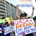 Proyecto bipartidista salvaría de deportación a 2.5 millones de inmigrantes ilegales
