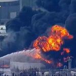 EEUU: Incontrolable incendio en compañía petroquímica alarma a las autoridades de Texas(VIDEO)