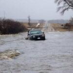 Temen desbordes de diques por inundaciones y ordenan evacuación en Iowa y Nebraska