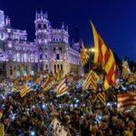 España: Manifestantes recorren Madrid a favor de la autodeterminación de Cataluña (video)