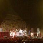 Red Hot Chili Peppers enloquece a los fans en pirámides de Egipto (video)