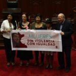 Pleno Mujer: Proyecto para sancionar acoso político pasó a cuarto intermedio