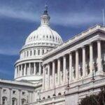 Demócratas logran los votos para rechazar en Senado la emergencia de Trump