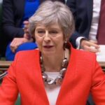 """May avisa que puede no haber """"brexit"""" si los diputados rechazan el acuerdo"""