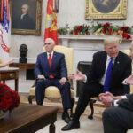 Demócratas advierten a Trump nuevo cierre de Gobierno si pide US$8,600 millones para muro