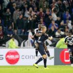 Liga 1 de Francia: Olympique de Lyon en los minutos finales gana 3-2 al Burdeos