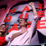 Socialista Pedro Sánchez proclama la victoria del PSOE en España