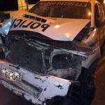 Dos policías heridos tras chocar patrullero contra vivienda