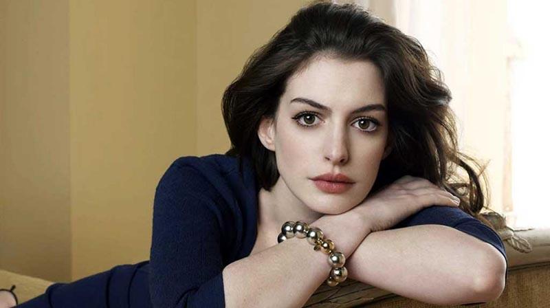 Dejará Anne Hathaway el alcohol por su hijo