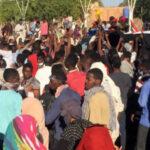 Argelia: Miles de opositoresdesafían al jefe del Ejército tras la destitución de Buteflika