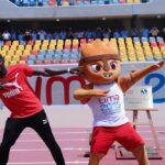 Usain Bolt estampa sus huellas en el estadio de atletismo de Lima 2019 (VIDEO)