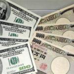 El dólar sube ante el euro y el resto de divisas destacadas excepto el yen