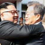 Corea del Sur invita a Norcoreaa conmemorar su primera cumbre presidencial Moon Jae-Kim Jong