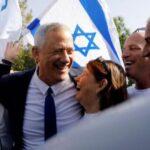 Coalición Azul y Blanco celebra sondeos que le dan victoria sobre Netanyahu (video)
